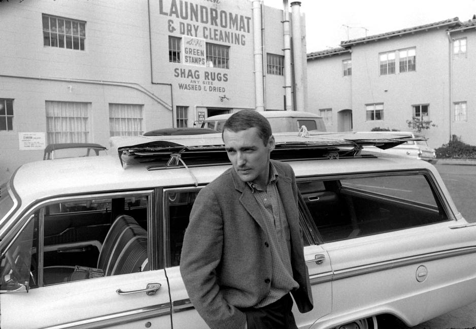1963, Los Angeles, autoportrait © The Dennis Hopper Art Trust